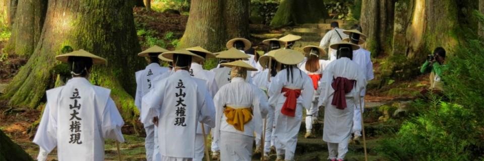 立山登拝衣装着付け体験と立山信仰の里「芦峅寺」を巡る旅